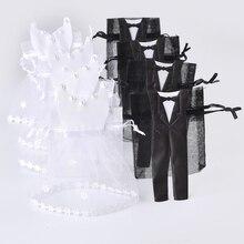 50 pezzi del Organza del Drawstring del Sacchetto di Caramelle 25 * Tuxedo & 25 * Vestito Sposa Sposo Bomboniere Sacchetto Del Regalo Del Partito WB06
