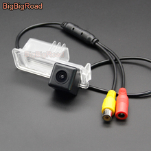 BigBigRoad Car Rear View Backup Parking CCD Camera For Volkswagen CC Magotan Bora Cross Polo Beetle Golf 6 Passat B7 Waterproof цена