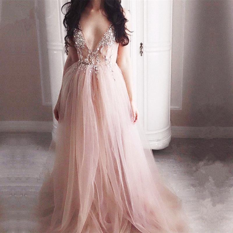 Backless Muslim Evening Dresses 2019 A-line V-neck Tulle Crystals Formal Islamic Dubai Saudi Arabic Long Elegant Evening Gown