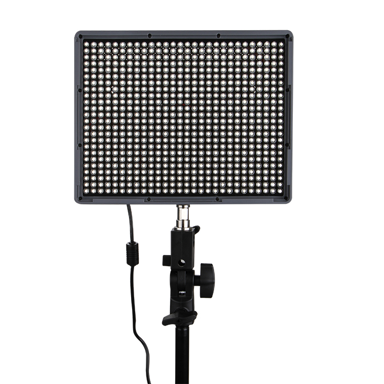 Aputure Amaran HR672S High CRI95+ LED Video Light with 2.4GHz Wireless Remote, 5500K Color Temperature, 25deg. Shooting Angle