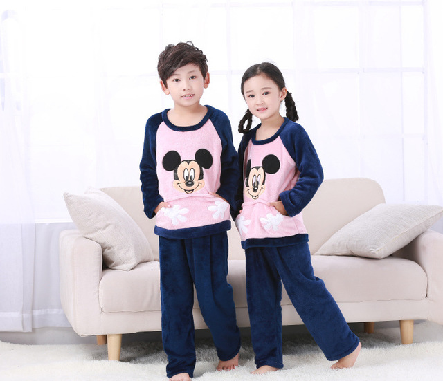 f6fc2be13b Winter Kinder Fleece Pyjamas Warm Flanell Nachtwäsche Mädchen Loungewear  Korallen Fleece Kinder pijamas Homewear Winter Pyjama