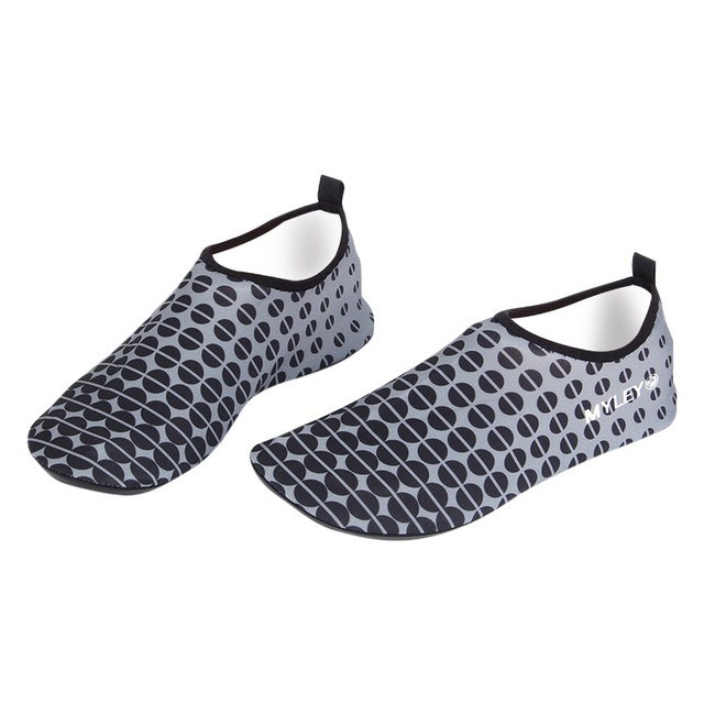 Men Water Barefoot Wet Wetsuit Skin Shoes Water Shoes  Beach Swim Slip On Surf Upstream shoes