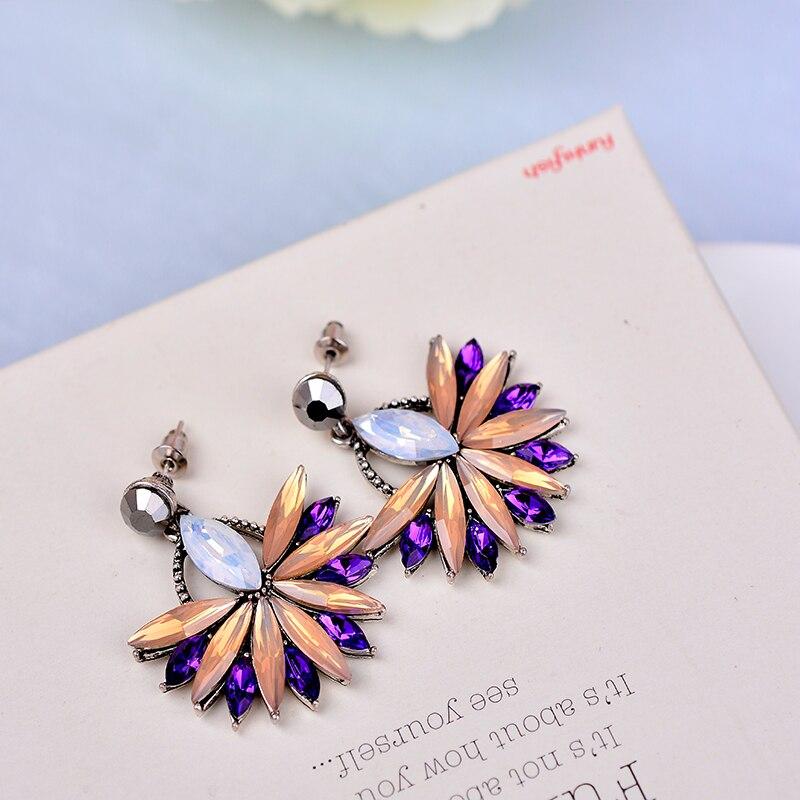 Güzel Moda Çiçek Kristal Saplama Küpe Takı Tam Avusturyalı - Kostüm mücevherat - Fotoğraf 6