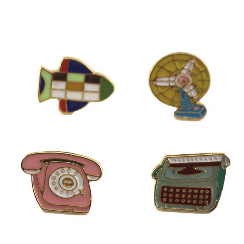 1Pcs New Hot Style Retro Enamel Aircraft/Telephone/Fan/Transmitter Women Brooches Cute Collar Pin Jewelry Drops Oil Badges Pins