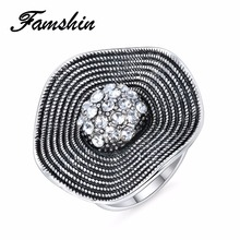 FAMSHIN Hot Sale Crystal Rings 2018 Temperament Fashion Flower Ring Women CZ Zircon Ring Retro Jewelry Christmas Gift
