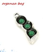 Hot !  10pcs Antique Silver Tone Vintage Alloy The Pods GREEN ENAMEL Beans charm Pendant 10*29 mm DIY Jewelry nm1