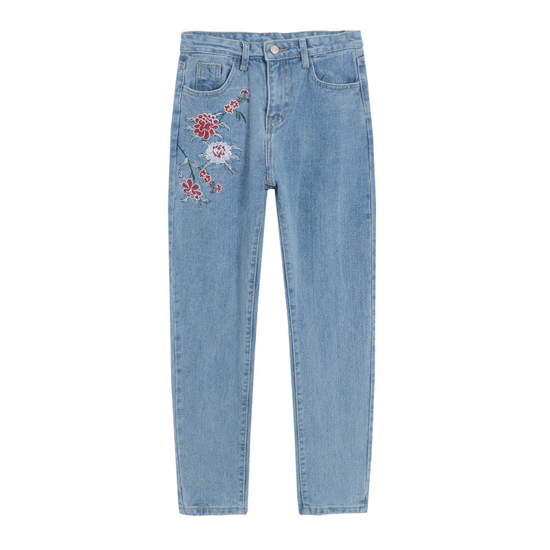 2017 Vintage flower embroidery jeans female Pockets straight jeans women bottom blue casual pants capris summer P3748 women jeans vintage flower embroidery high waist pocket straight jeans female bottom light blue hole casual pants capris new