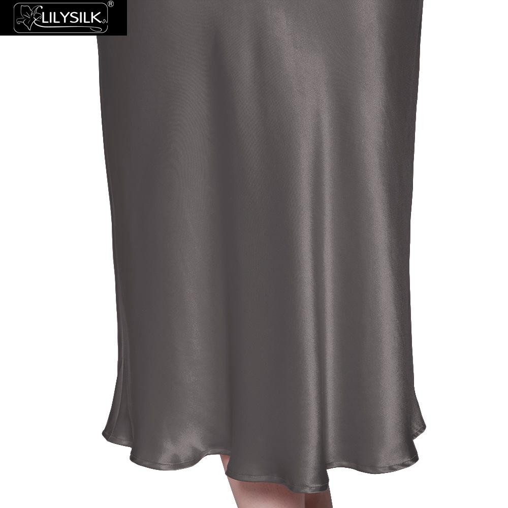 1000-dark-gray-22-momme-long-&-close-fitting-silk-nightgown-03
