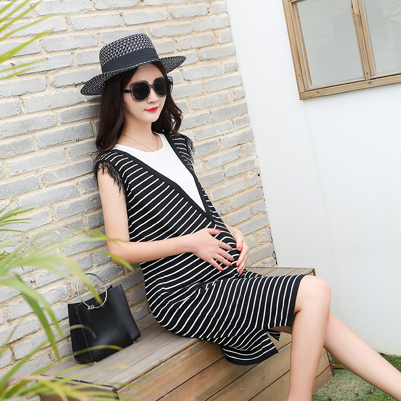2018 New Maternity Dress for Pregnant Women Elegant knitting Maternity Clothes Stitching Pregnancy Clothing Stripe Sleeveless