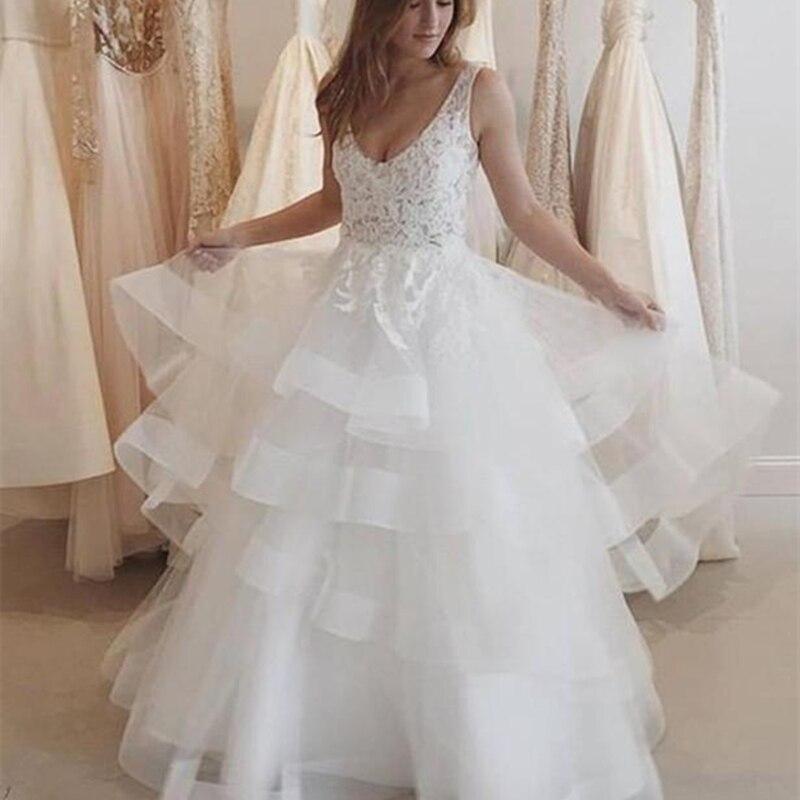 Fashion Applique V-neck Wedding Dress Elegant Princess Sleeveless Lace Tulle White Cascading Backless Bridal Wedding Dresses