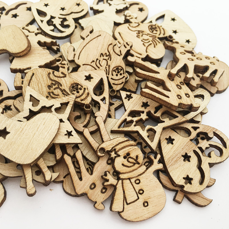 50pcs DIY Wood Chips Christmas Tree/Reindeer/Snowflake Mixed Shape Crafts Scrapbooking Decor Supplies Handmade Button Chip