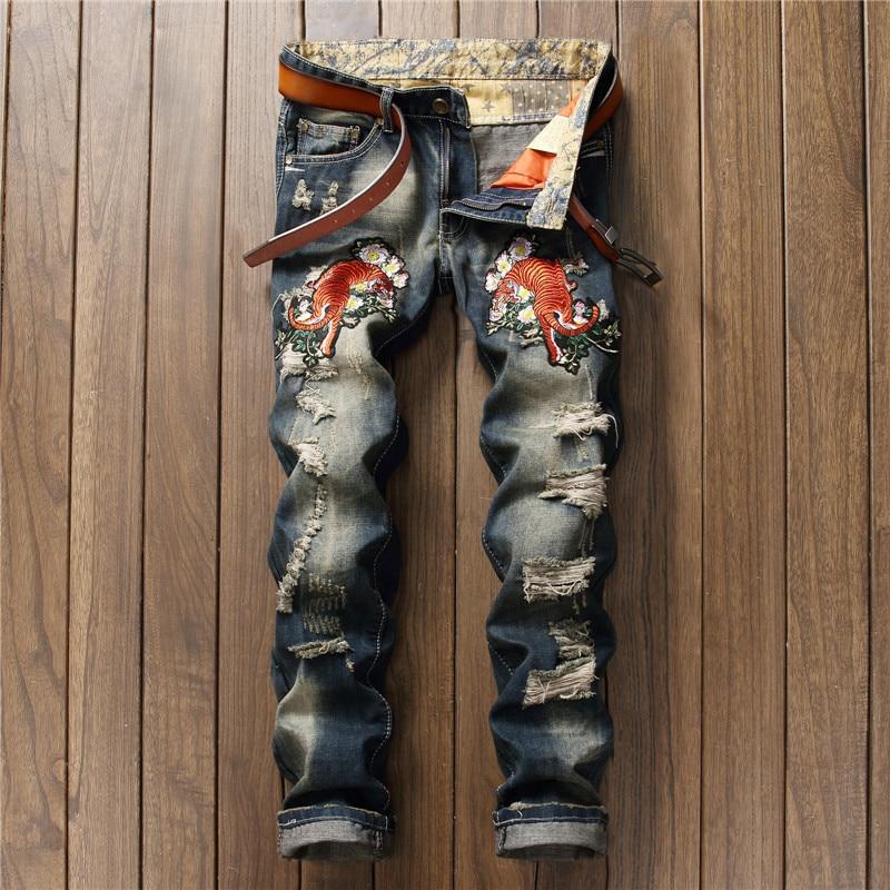 Rétro bleu déchiré Jeans pour hommes tigre en fleurs broderie Biker Jeans droite Slim hommes Jeans pantalons mode hommes vêtements