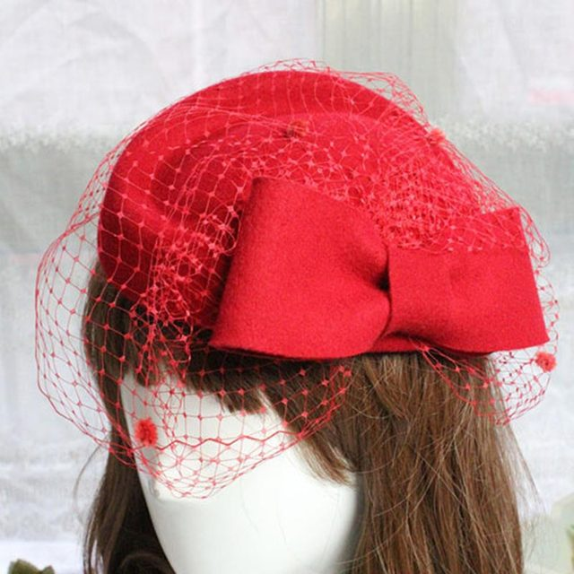 f018207b03493 Boinas-Nova Chegada Chapéu de Lã Pura Chapéu Feminino Modelos de Noiva  Cocar Boina Vermelha
