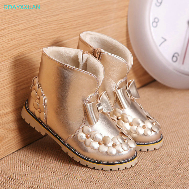 цена на Girls Martin Boots 2018 New Autumn Winter children's snow boots girls princess Sneakers kids small flower keep warm cotton shoes