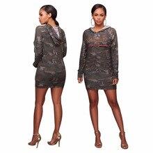 Leezeshaw 2018 Divat Női hímzés QUEEN Camo Sporting Kapucnis ruha Camouflage Hosszú ujjú V-Neck Mini Club ruhák