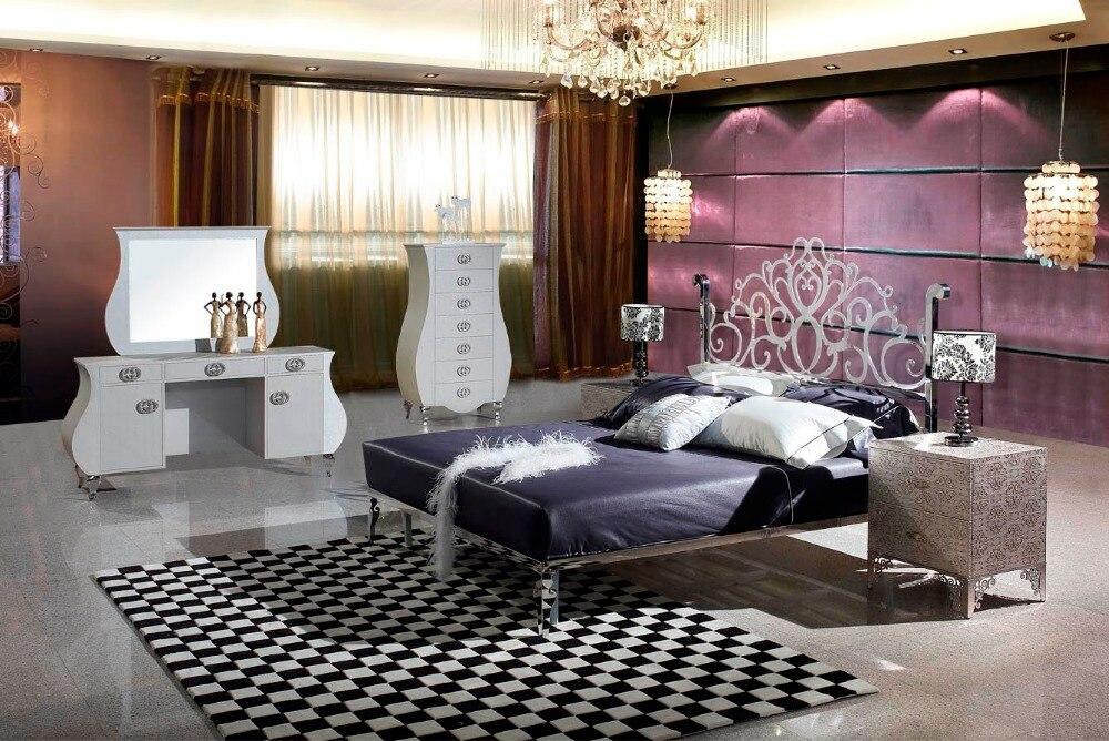 Lit moderne en acier inoxydable/lit doux/lit double lit king size + 2 tables de nuit + table habillée + miroir + armoire à 7 tiroirs