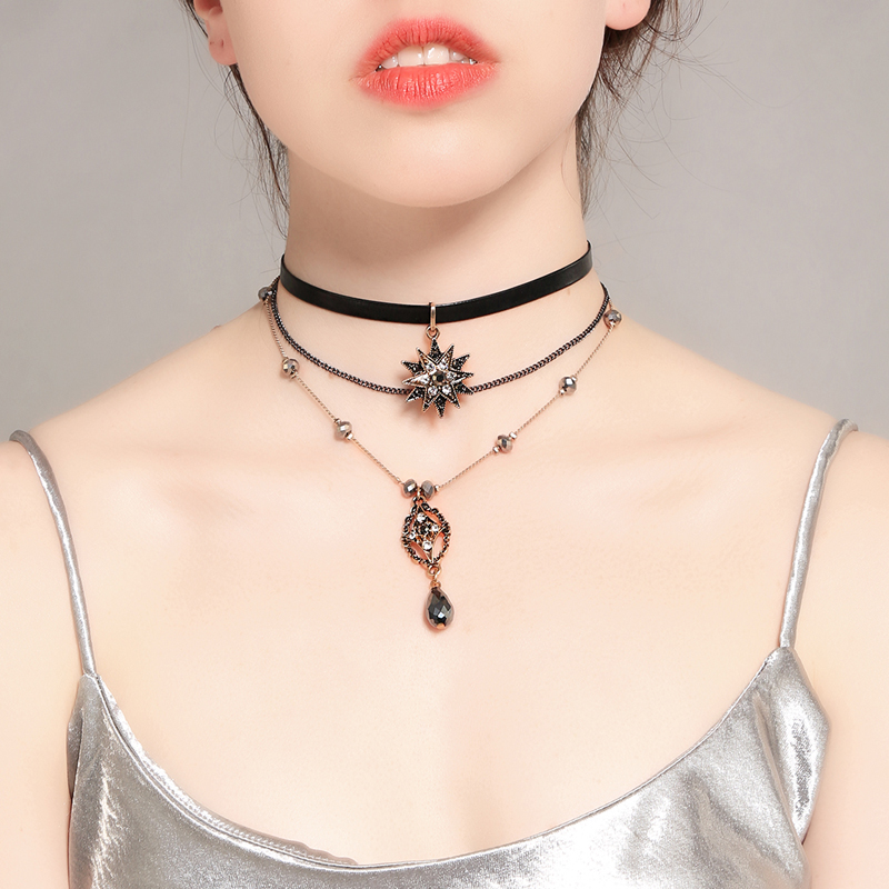 Unique Design Brand Jewelry Convertible Imitation Leather Chokers Women Crystal Pendant Necklace Chains Vintage Accessories