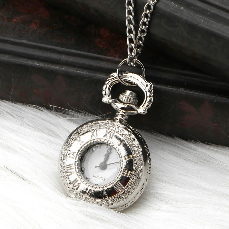 Quartz Pocket Watch Small Silver Rome Number Dial Cover Exquisite Floral Carved Antique Fashion Creative Charm Pendant Chain