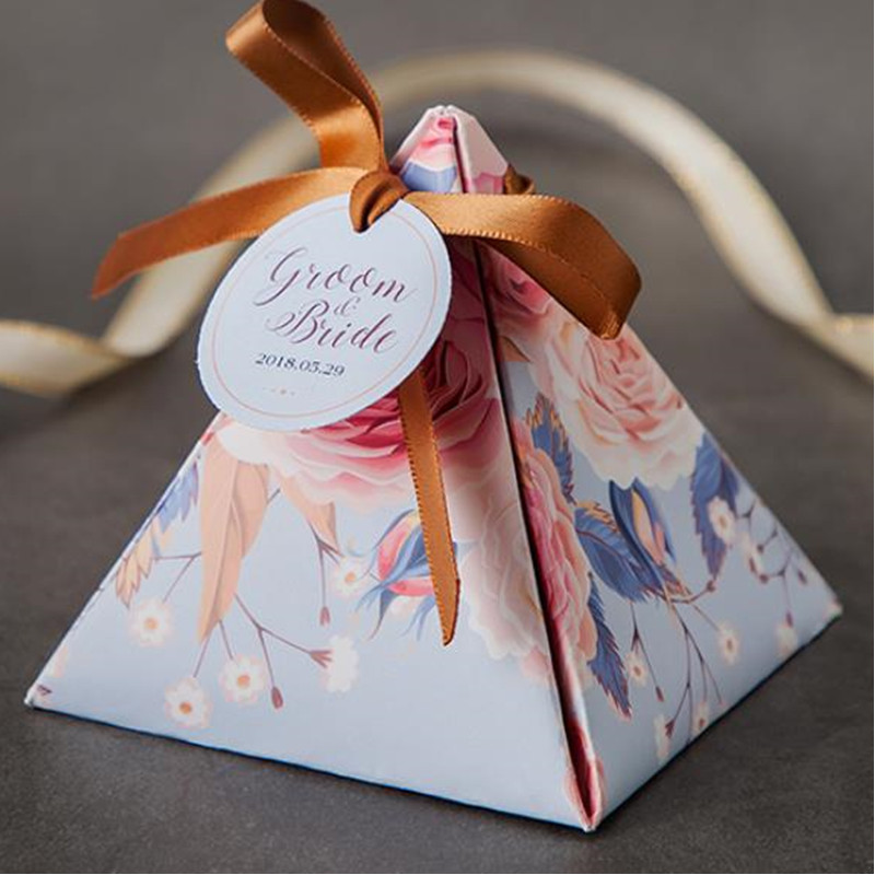 New European Floral customized Triangular Pyramid Wedding Favors Candy Boxes Bomboniera Party Gift Box chocolate box