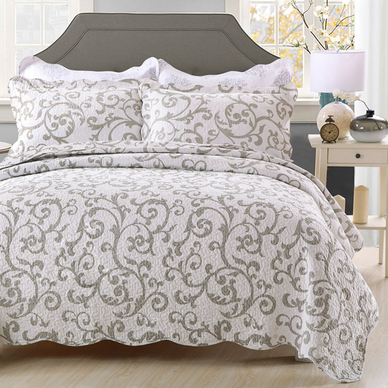 FAMVOTAR European Style 3 Piece Quilted Bedspread Vibrant Floral Jacquard White Quilted Coverlet Set Victorian Luxe