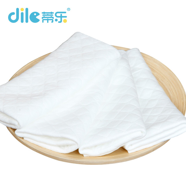 10pieces baby cotton nappy reusable breathable diaper Liners inserts 3 Layers washable super-absorbency Baby Care Products