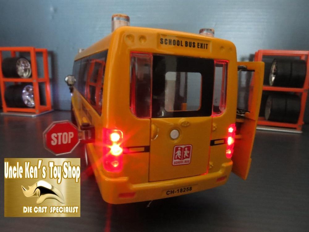 Diecast Schoolbusmodel, 22cm metalen speelgoed, merklegering auto - Auto's en voertuigen - Foto 5