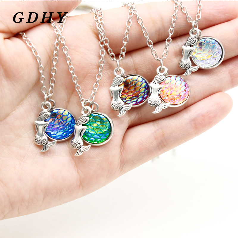 GDHY Romantic Mermaid Fish Color Scale Pendant Necklace 10 Colors Scale Mermaids Necklaces For Woman Friends Vacation Jewelry(China)