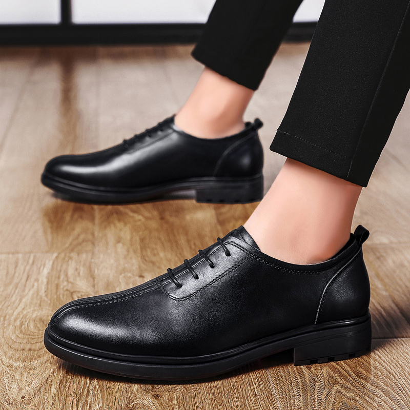 Brand genuine Leather shoes outdoor Men Oxford Shoes British Style lace up derby Retro Carved Bullock Formal Men Dress Shoes L5Brand genuine Leather shoes outdoor Men Oxford Shoes British Style lace up derby Retro Carved Bullock Formal Men Dress Shoes L5