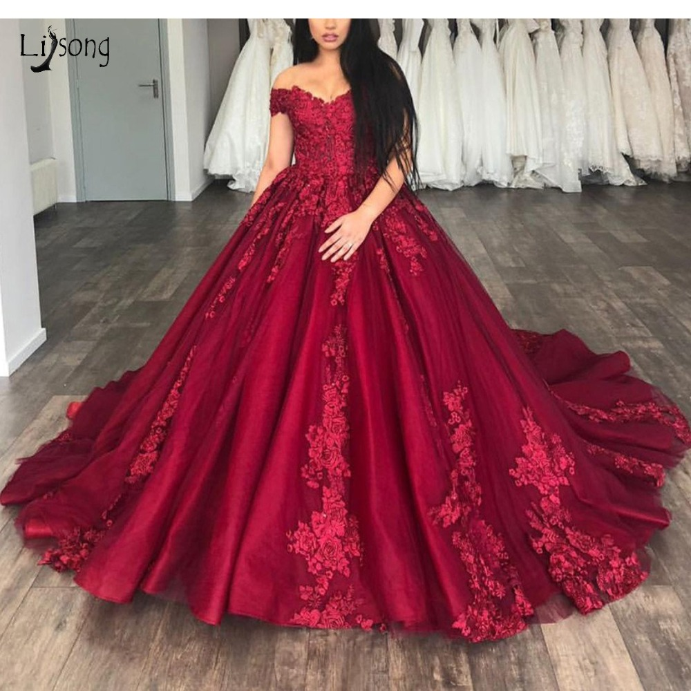 Saudi Arabic Burgundy Lace   Prom     Dresses   Vintage Delicate Appliques Long   Prom   Gown Off Shoulder Formal Party   Dress   Abendkleider