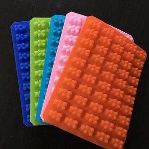 Image 4 - 실용적인 귀여운 거미 곰 50 캐비티 실리콘 트레이 초콜릿 캔디 아이스 젤리 금형 만들기 diy 어린이 케이크 도구 도매 D0026 1
