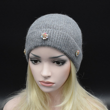 2017 Women's Beanie Winter Warm wool Hat Knitted Cap Skull high quality luxury rhinestone Ladies Snow Hat Female Gorros