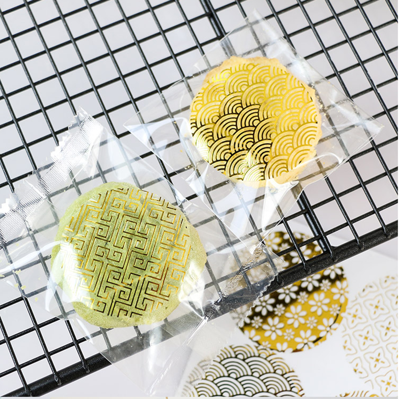 Купить с кэшбэком 90pcs/lot vintage Golden lace and transparent Gilding style Sealing sticker DIY Gifts posted Baking Decoration label