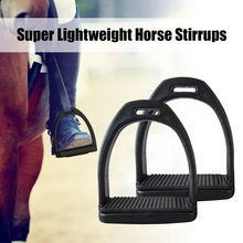 купить 2PCS Anti Slip Adults Children Comfortable Equipment Wide Track Equestrian Lightweight Durable Outdoor Horse Riding Stirrups дешево