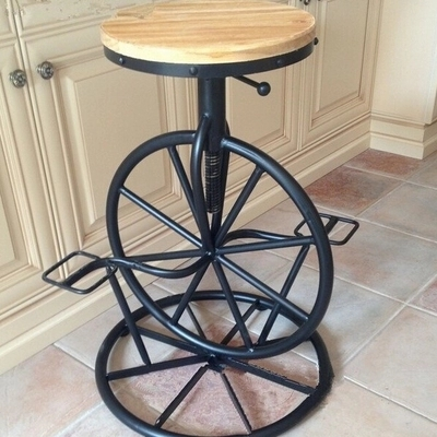 American country to do the old vintage wrought iron bar for Barra bar vintage