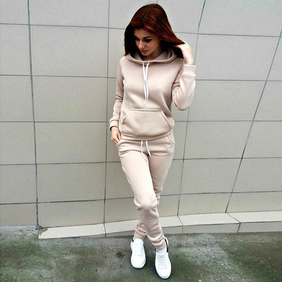 ZOGAA Autumn Casual Women's Tracksuit Two Piece Sets Outfits Fleece Large Pocket Hooded Pullover Sweat Suits Women Sportwear