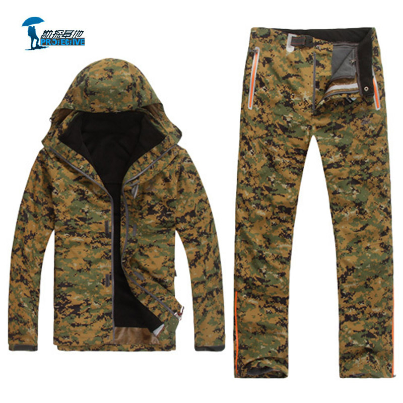Protective New Tactical Softshell Jackets Men Camouflage Outdoor Waterproof Army Hunting Jacket with Thermal Liner and pants