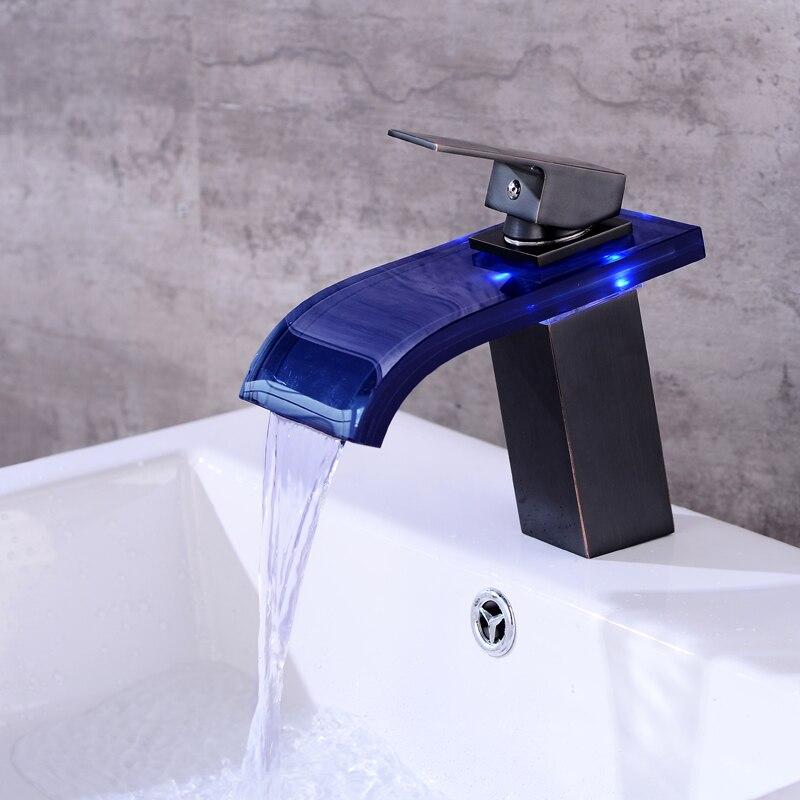 Robinet cascade salle de bain robinet à LED. Robinet de lavabo en laiton avec cascade en verre. Mitigeur de salle de bain mitigeur lavabo monté sur le pont