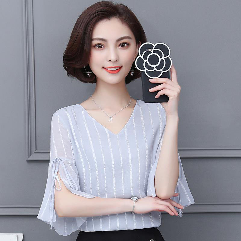 Women Spring Summer Style Chiffon   Blouses     Shirts   Lady Casual Short Sleeve Bow Tie V-Neck Flare Sleeve Blusas Tops DD1828