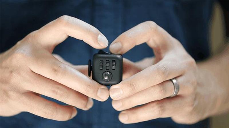 Mini Fidget Cube Toy Vinyl Desk Finger Toys Squeeze Fun Stress Reliever 3.3cm High Quality Antistress Cubo
