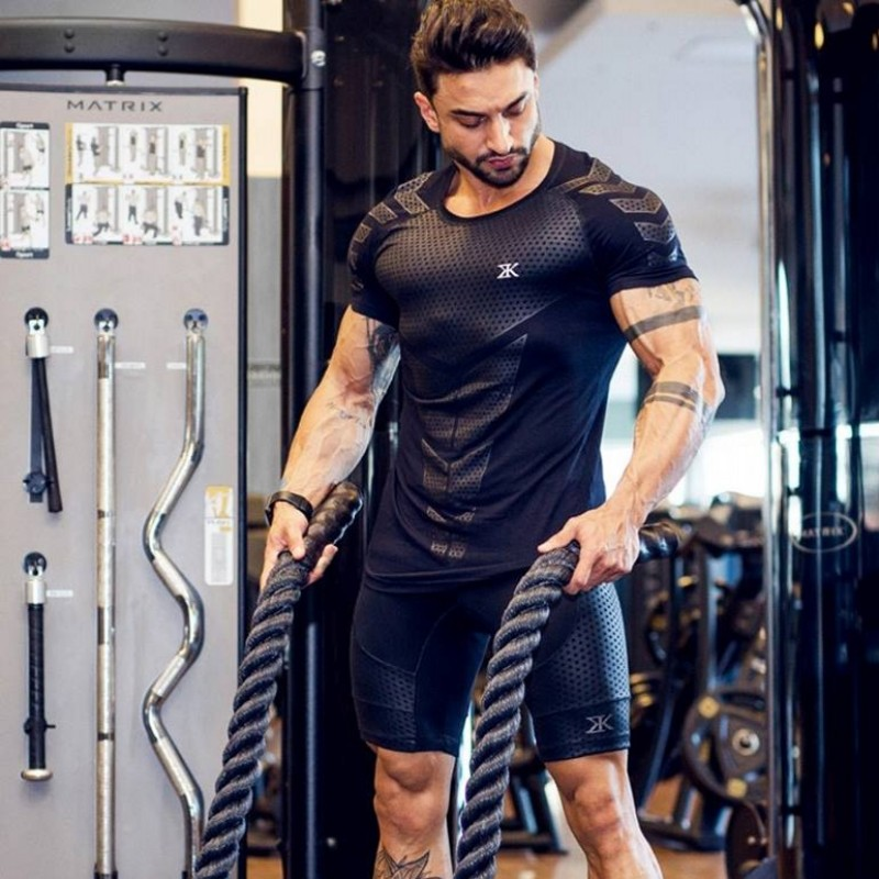 2018 Summer New mens gyms T shirt Fitness Bodybuilding Fashion Male Short cotton clothing Brand Tee Tops