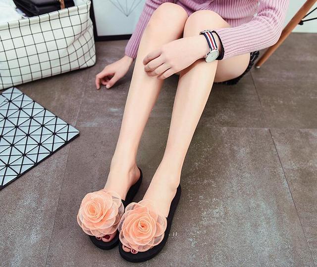 5f6489e20 2018 summer new wild rose flip flops female casual foam beach sandals and  slippers female