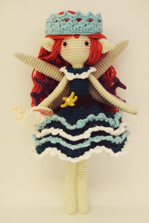 цена на Amigurumi Crochet Doll pretty girl- xingxing Rattle toy