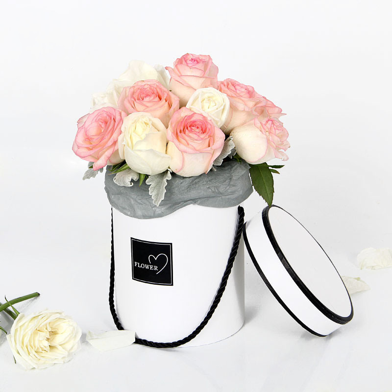 1pc Round FlowerBox with Lid with Drawstring Hug Bucket 18*14cm Printed with FLOWER Bucket Flower Shop Wedding Party Supplies1pc Round FlowerBox with Lid with Drawstring Hug Bucket 18*14cm Printed with FLOWER Bucket Flower Shop Wedding Party Supplies