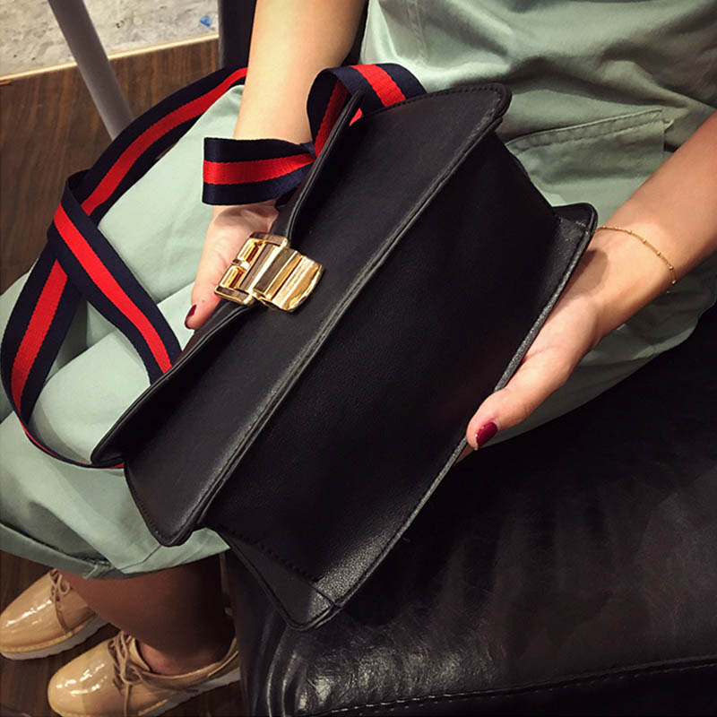 цены на Fashion Women Leather Messenger Bag Chain Handbag Ladies Small Crossbody Bags Women Famous Brands Designers Sweet Shoulder Bags в интернет-магазинах