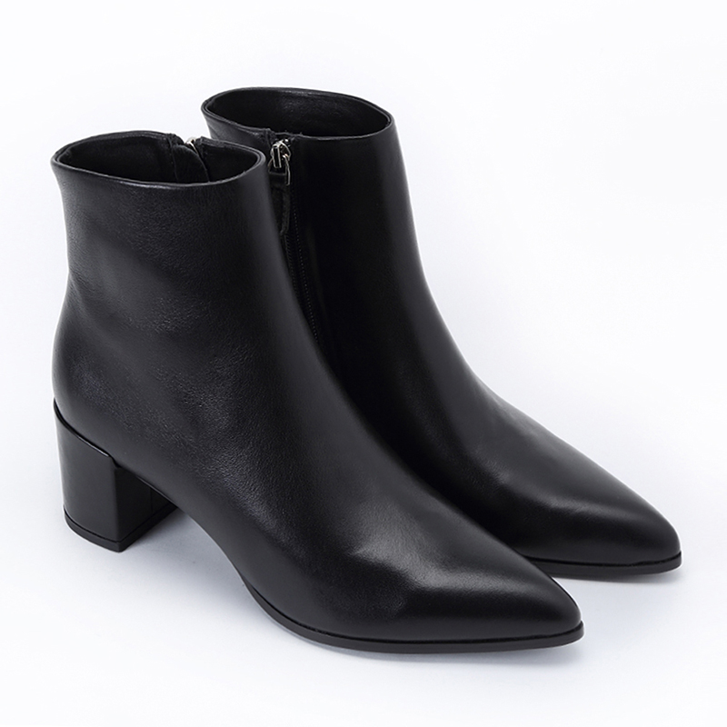Fashion Women Genuine Leather Black Pointed Toe Ankle Boots Chunky High Heel For Ladies Shoes High Quality European BootsFashion Women Genuine Leather Black Pointed Toe Ankle Boots Chunky High Heel For Ladies Shoes High Quality European Boots