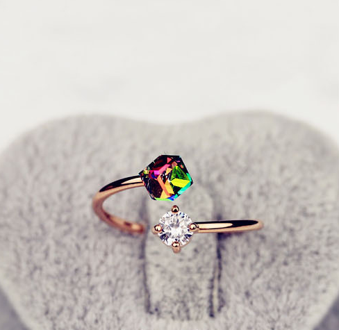 Hot Crystal Girl Adjustable Open Rings New 2019 Color Zircon Stones Ring For Women Wedding Jewelry Accessories Gift