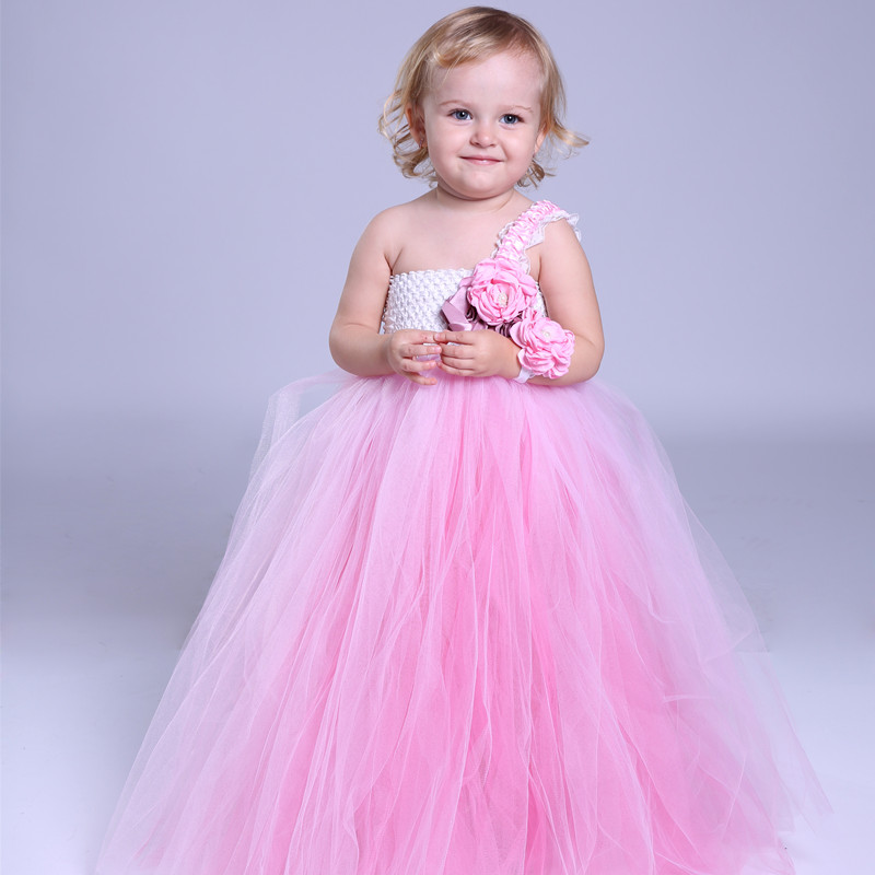 Gown for kids images galleries with a for Wedding dress for girl