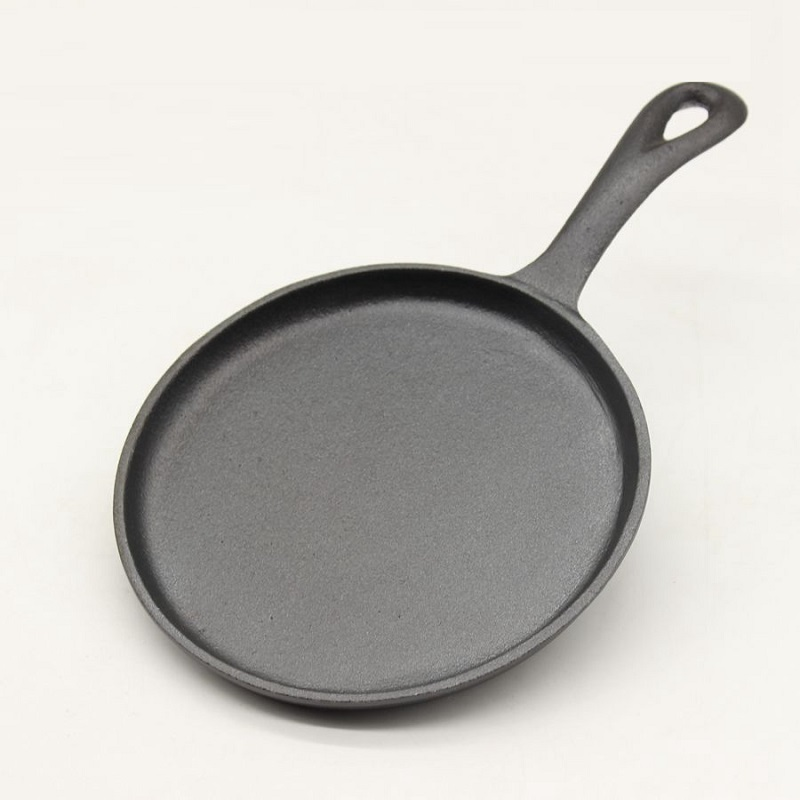 High quality 16CM Flat bottom real cast iron fried eggs new fashioned manual no coating pan frying eggs
