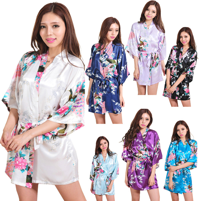 Women Silk Satin Night Robe Short Wedding Bride Bridesmaid Robes Floral  Peacock Kimono Robe Sexy Bathrobe 9e0425da0