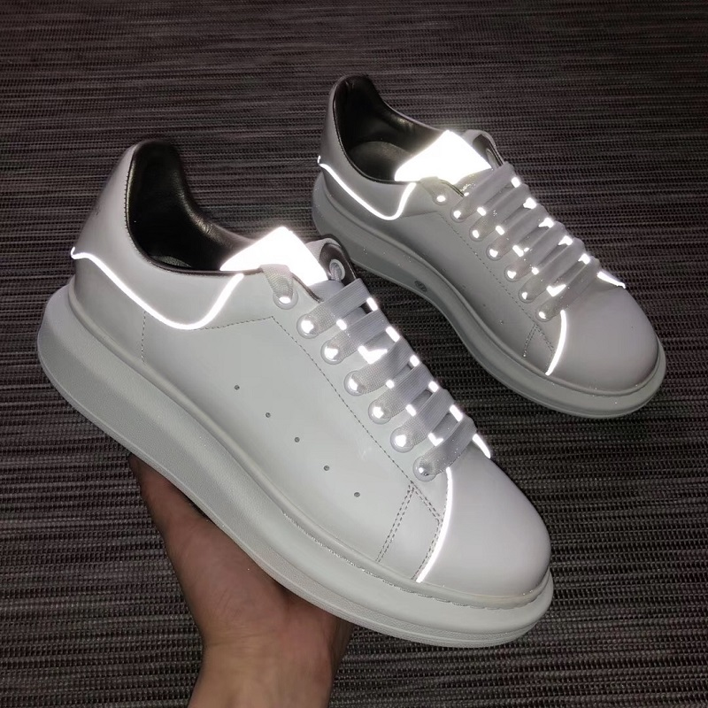 Fashion Platform Sneakers New Spring Women Shoes For Casual Shoes Wild Platform Heels Female Leisure Women White SneakersFashion Platform Sneakers New Spring Women Shoes For Casual Shoes Wild Platform Heels Female Leisure Women White Sneakers